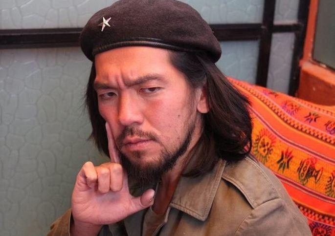 Comandente Yoshi...looking serious