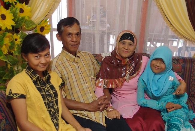 Eti's family (minus her son)